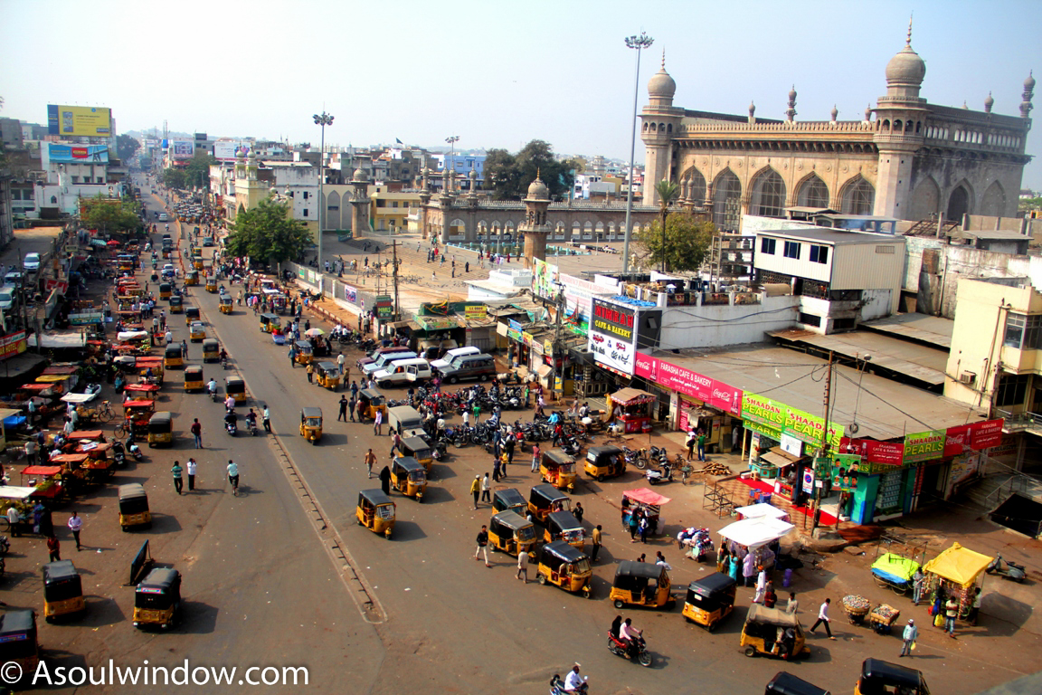 view-of-mecca-masjid-from-char-minar-balcony