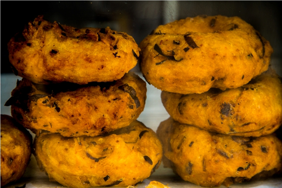 Mendu vada. India Sri Lanka Vegan Food