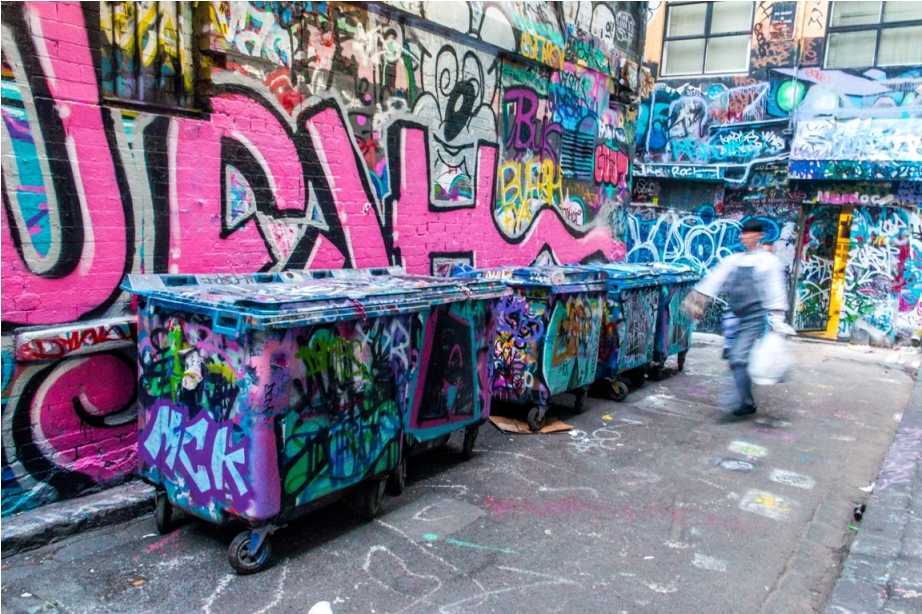 Dustbin Drugs Heroin Grafitti Street Art Hosier Lane Melbourne Australia (4)