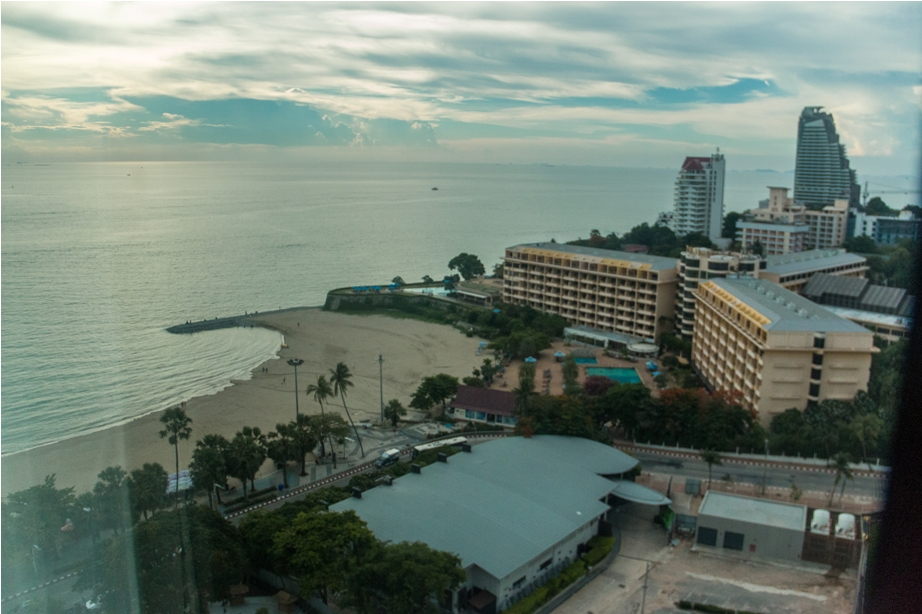 Amari Ocean Tower Pattaya Thailand Resort Hotel (36)