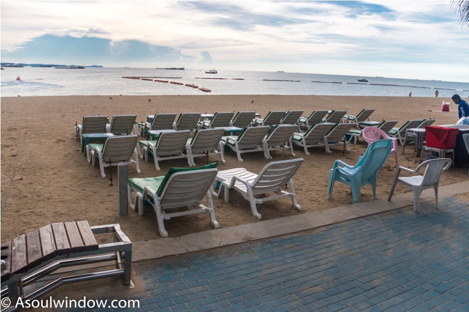 Beach Amari Ocean Tower Pattaya Thailand Resort Hotel (12)