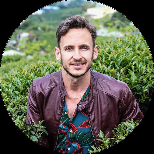 Robert Schrader travel blogger